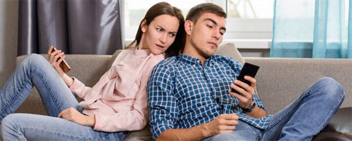 Mit tehetsz, ha a párod folyton flörtöl?